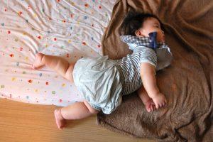 寝返りは腰痛を防ぐ!?
