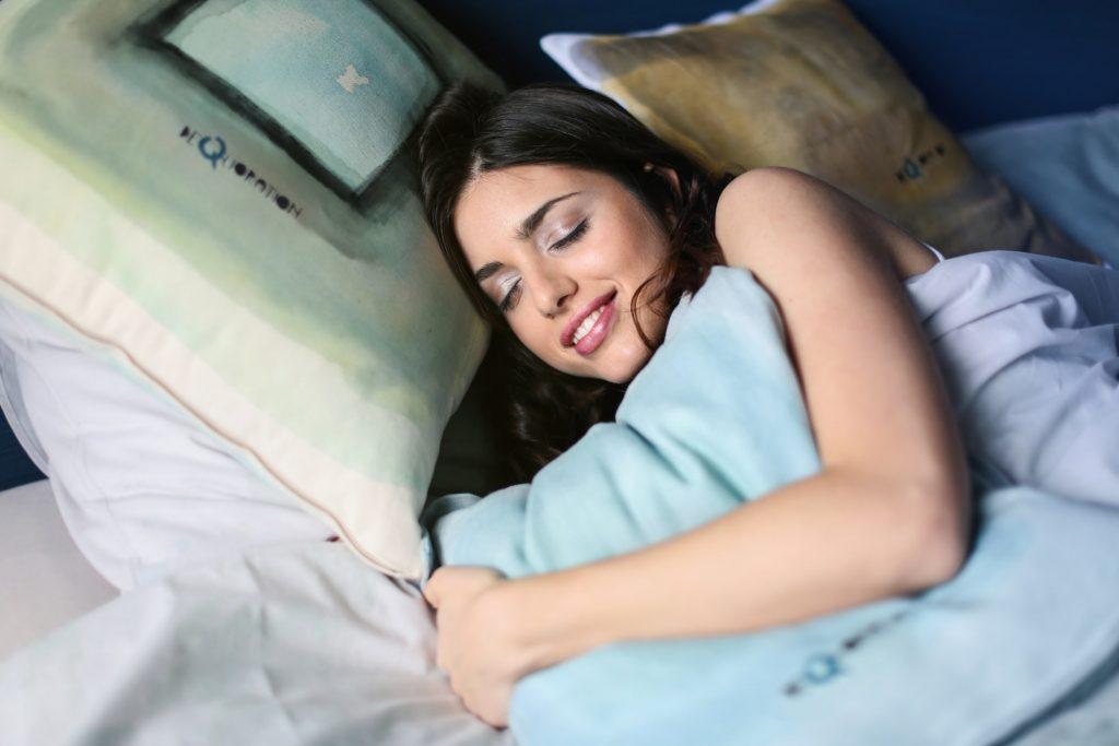 夜の睡眠の数時間に匹敵!?短時間仮眠法で短い昼寝の効果的な方法とは!
