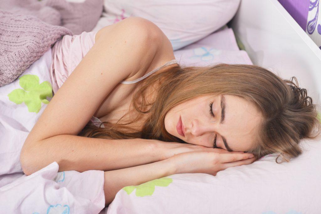 ②就寝前のリラックスタイムが睡眠の質を改善する!?就寝前の必勝パターンとは!